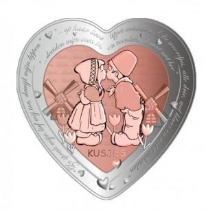 Stříbrná mince Oslava lásky Pusa 1 oz proof 2020